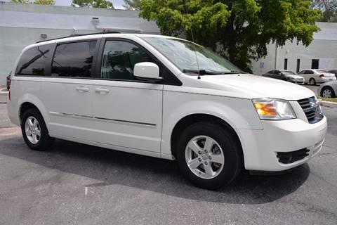 2009 Dodge Grand Caravan for sale in Hallandale Beach, FL