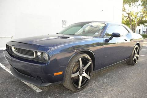 2014 Dodge Challenger for sale in Hallandale Beach, FL