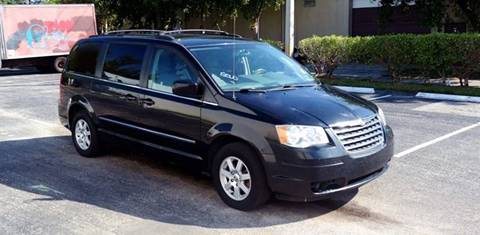 2010 Chrysler Town and Country for sale in Hallandale Beach, FL