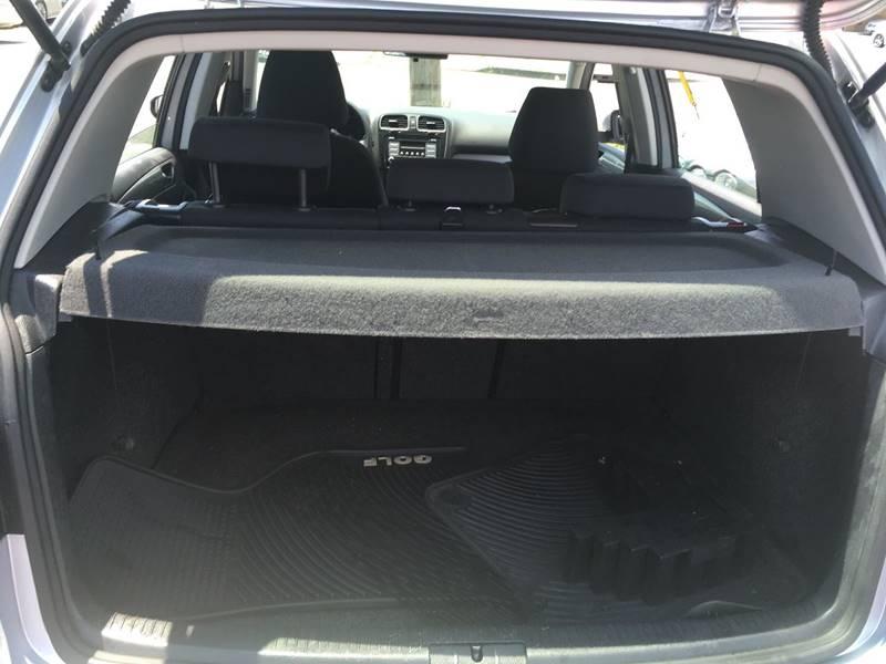 2010 Volkswagen Golf 2.5L PZEV 4dr Hatchback - Linden NJ