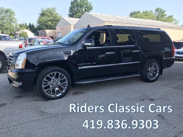 2009 Cadillac Escalade ESV for sale at Rider`s Classic Cars in Millbury OH