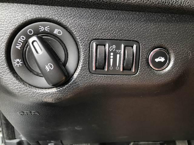 2012 Chrysler 300 Limited 4dr Sedan - Mc Queeney TX