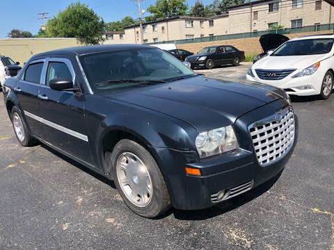 2007 Chrysler 300 for sale in Inkster, MI