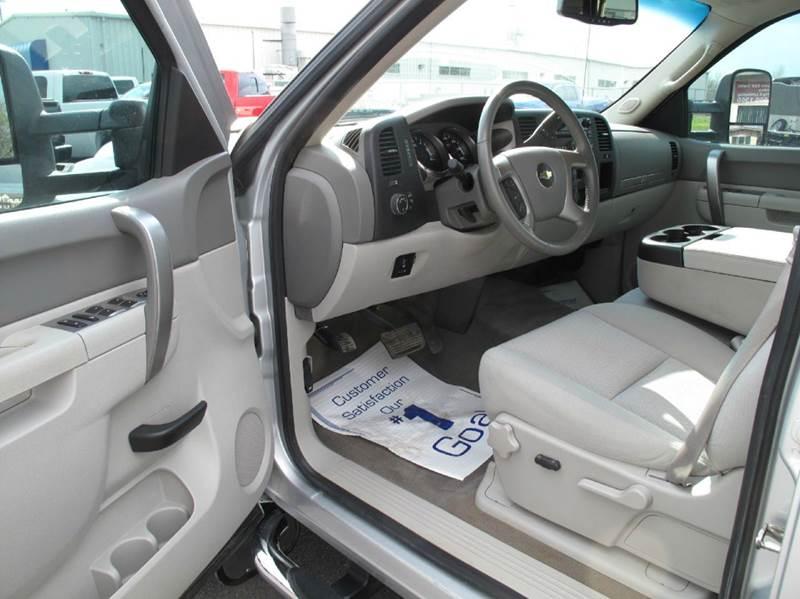 2013 Chevrolet Silverado 2500HD 4x4 LT 4dr Crew Cab SB - Saint Cloud MN