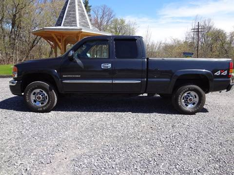 2005 GMC Sierra 2500HD for sale at Celtic Cycles in Voorheesville NY