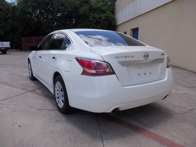 2014 Nissan Altima for sale at Chimax Auto Sales in San Antonio TX