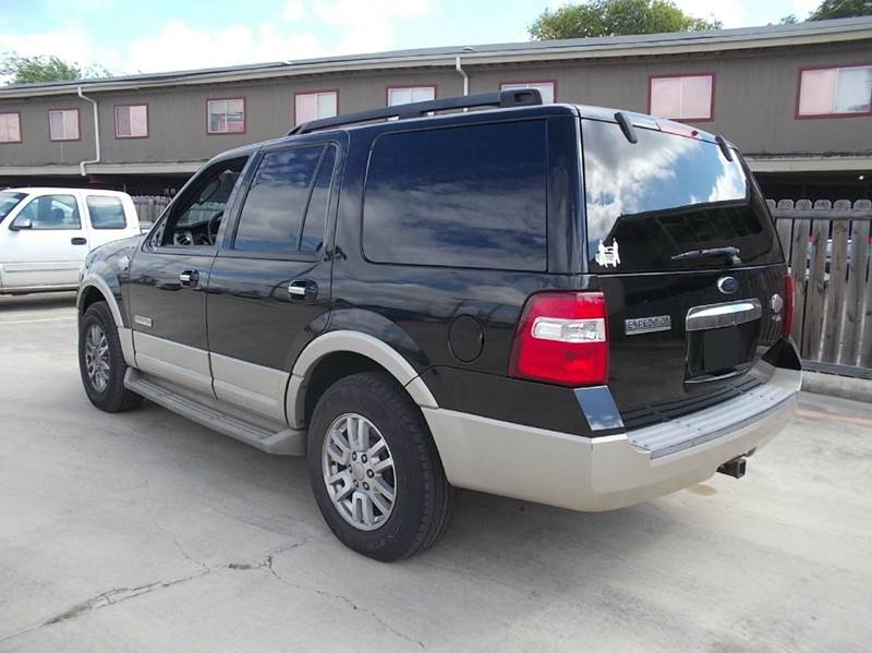 2008 Ford Expedition for sale at Chimax Auto Sales in San Antonio TX