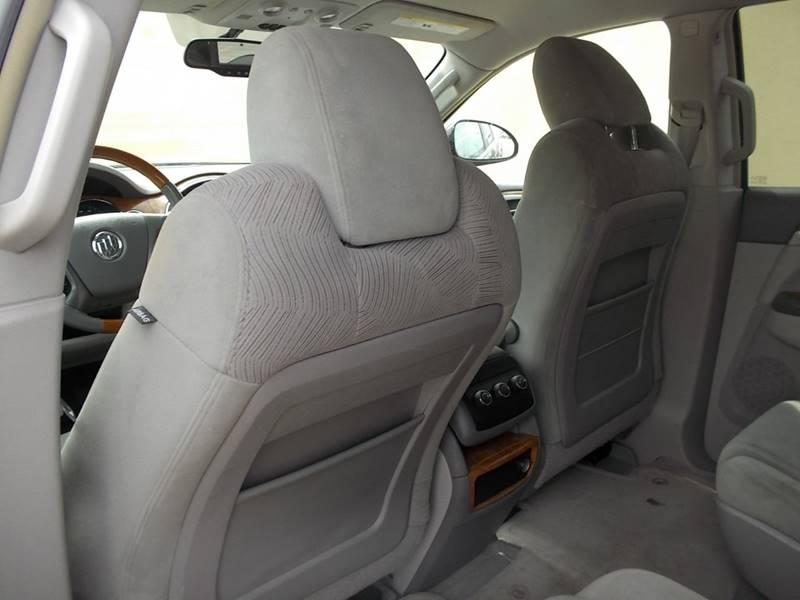 2009 Buick Enclave for sale at Chimax Auto Sales in San Antonio TX