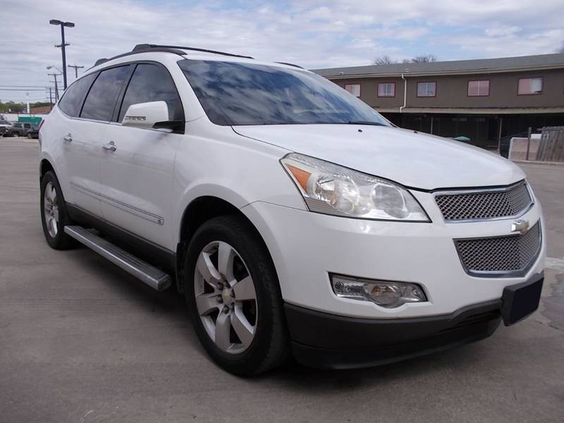 2010 Chevrolet Traverse for sale at Chimax Auto Sales in San Antonio TX