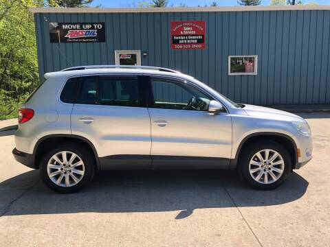 2009 Volkswagen Tiguan SEL 4Motion for sale at Upton Truck and Auto in Upton MA