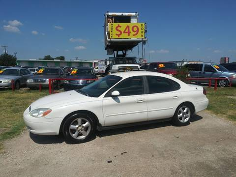 2000 Ford Taurus for sale in Dallas, TX