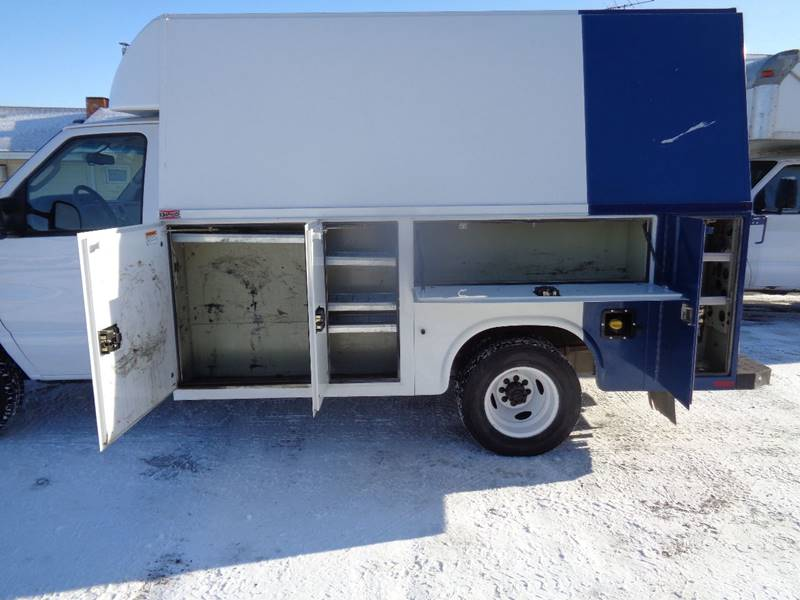 2014 Ford E-Series Chassis E-350 SD (image 3)