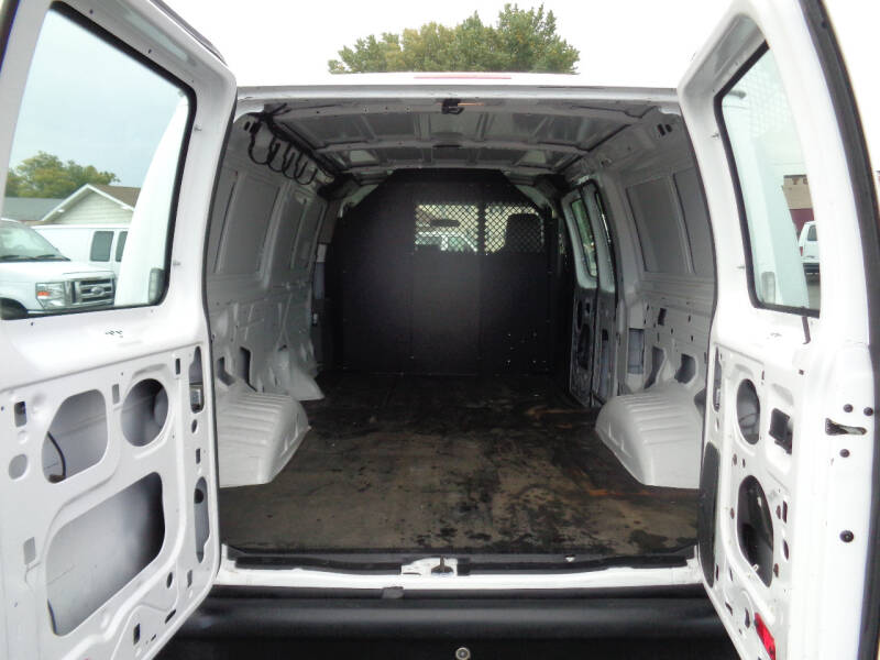 2013 Ford E-Series Cargo E-150 3dr Cargo Van - Savage MN