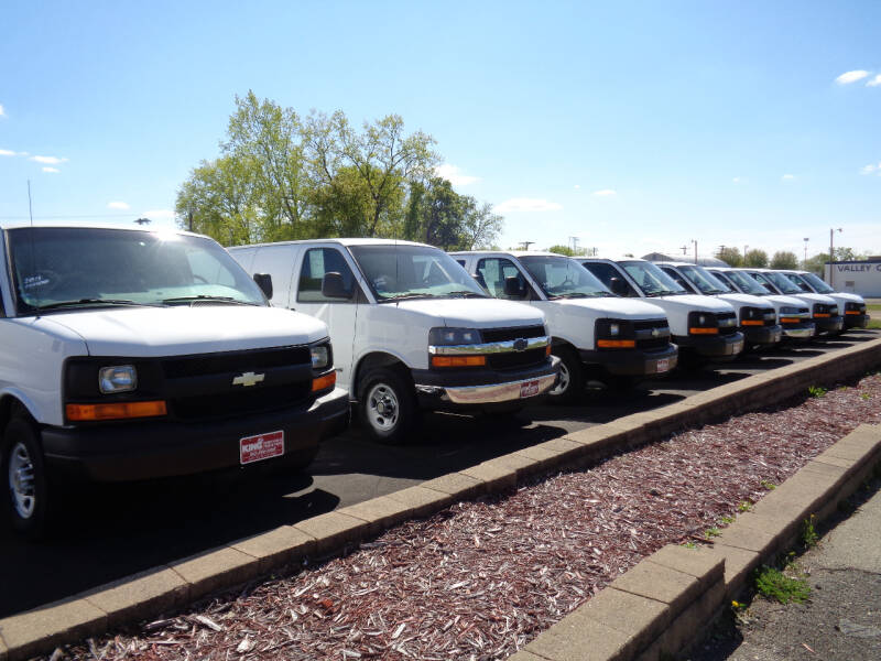 2015 Chevrolet Express Cargo 2500 3dr Cargo Van w/1WT - Savage MN