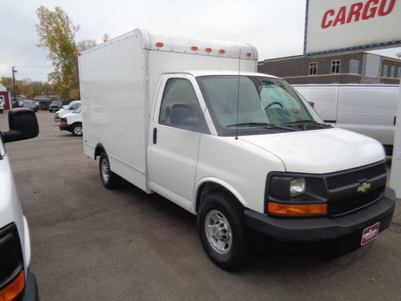 2009 Chevrolet Express Cutaway 3500 2dr Commercial/Cutaway/Chassis 139-177 in. WB - Savage MN