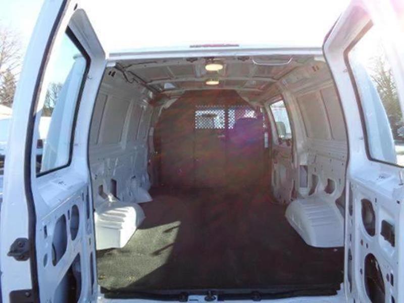2008 Ford E-Series Cargo E-250 3dr Cargo Van - Savage MN