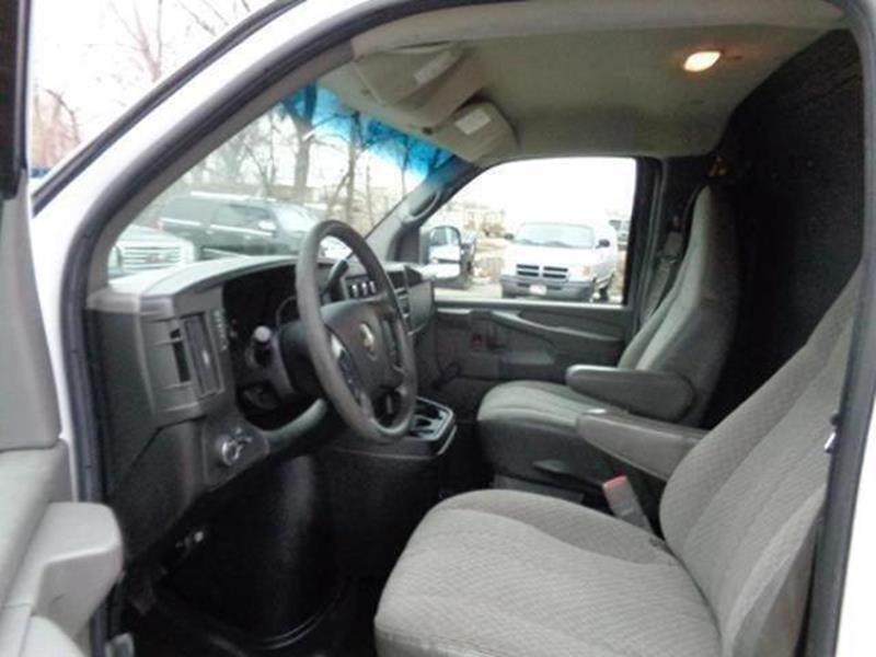 2009 Chevrolet Express Cargo 3500 3dr Extended Cargo Van - Savage MN