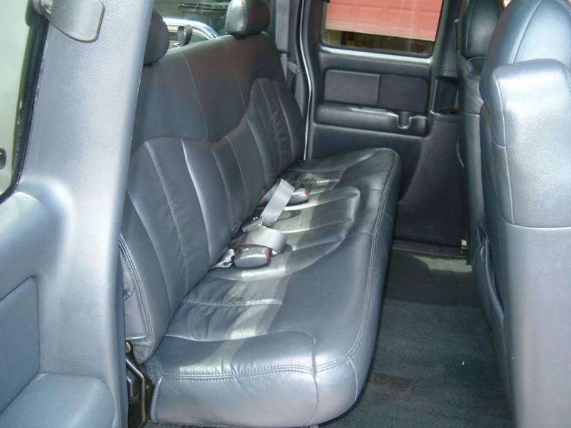 2001 Chevrolet Silverado 1500 4dr Extended Cab LT 4WD SB w/out OnStar - Barnum MN