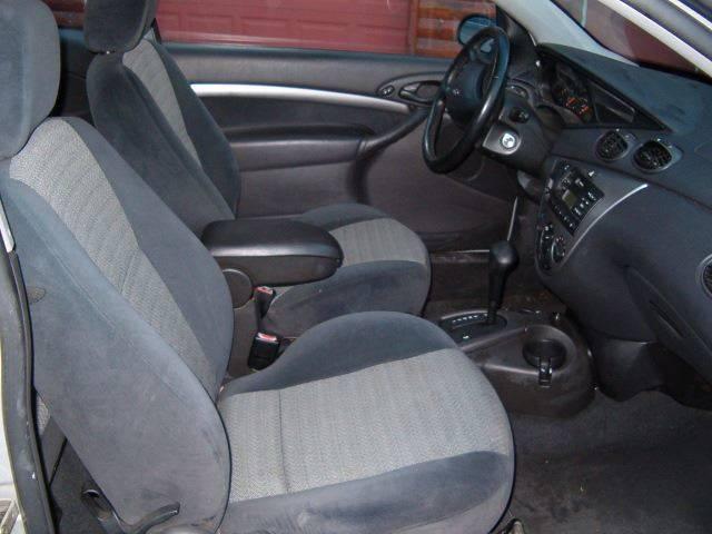 2001 Ford Focus ZX3 2dr Hatchback - Barnum MN