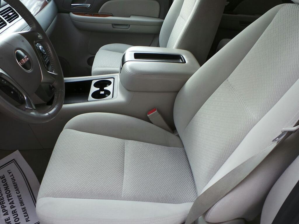 2007 GMC Yukon for sale at DEALS 4U in Rapid City SD