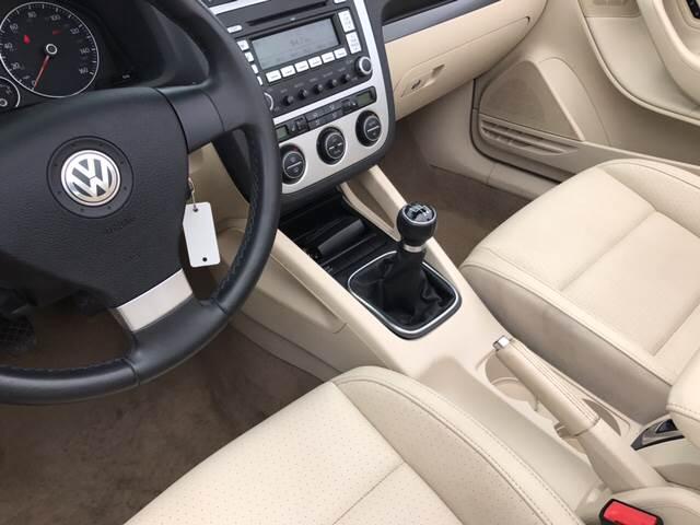 2009 Volkswagen Eos Komfort 2dr Convertible 6M - Springfield IL