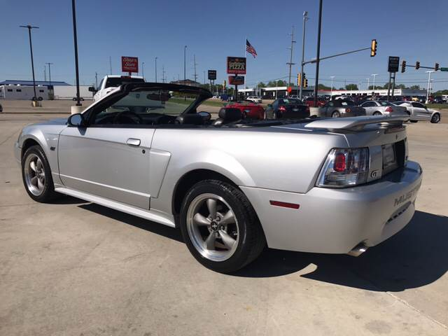 2001 Ford Mustang GT Deluxe 2dr Convertible - Springfield IL