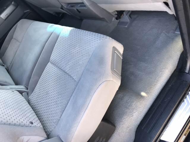 2010 Toyota Tundra 4x4 Grade 4dr Double Cab Pickup SB (4.6L V8) - Springfield IL