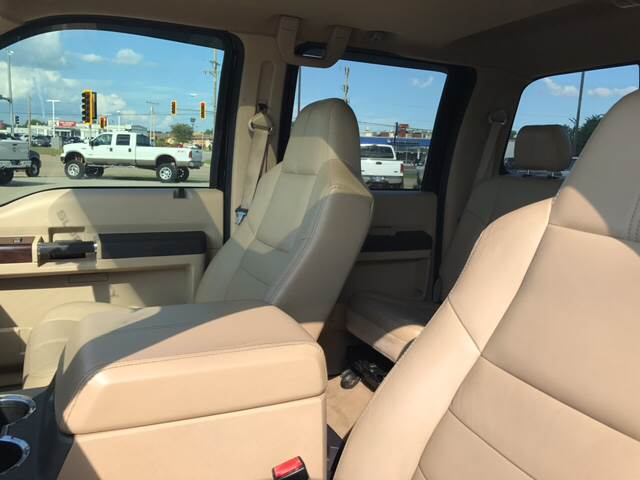 2008 Ford F-250 Super Duty Lariat 4dr Crew Cab 4WD SB - Springfield IL