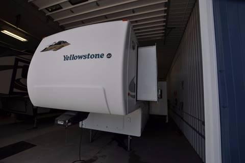 2001 Yellowstone RK