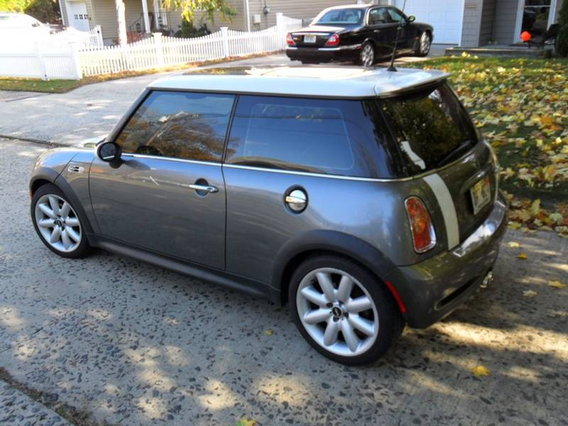 2002 mini cooper s 2dr supercharged hatchback in clifton. Black Bedroom Furniture Sets. Home Design Ideas