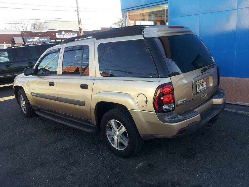 2004 chevrolet trailblazer ext ls 4wd 4dr suv in clifton nj lakeview auto corp. Black Bedroom Furniture Sets. Home Design Ideas