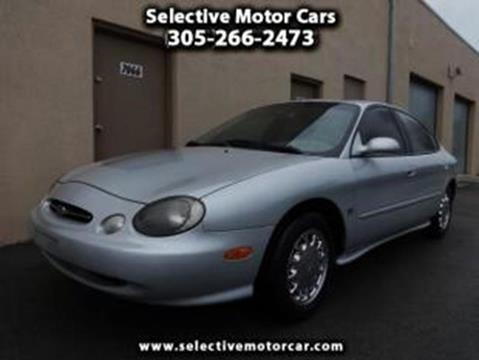 1998 Ford Taurus for sale in Miami, FL