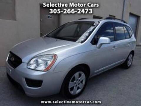 2009 Kia Rondo for sale at Selective Motor Cars in Miami FL