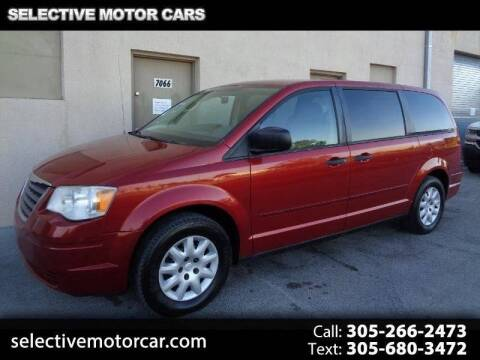 2008 Chrysler Town and Country for sale at Selective Motor Cars in Miami FL