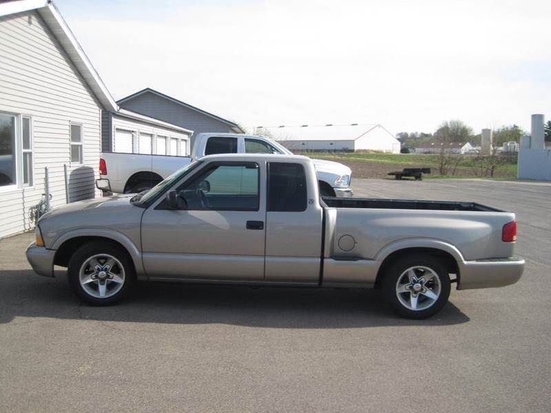 2003 GMC Sonoma for sale in Pearl City, IL
