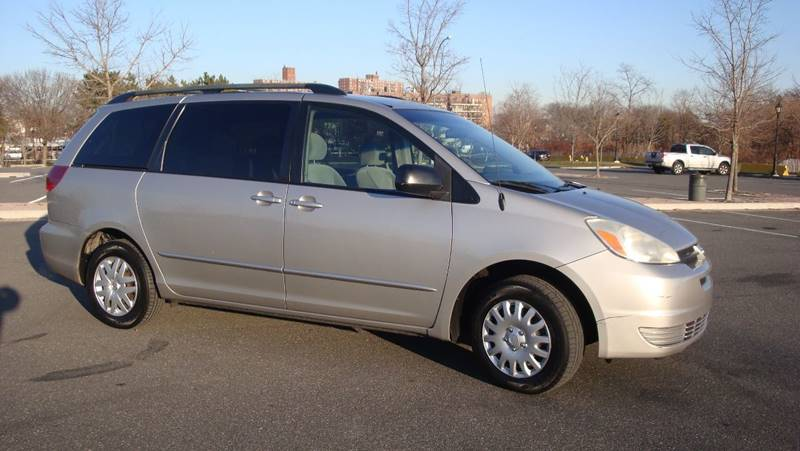 2005 toyota sienna le 7 passenger in brooklyn ny cars trader ny 2005 toyota sienna for sale at cars trader ny in brooklyn ny sciox Images