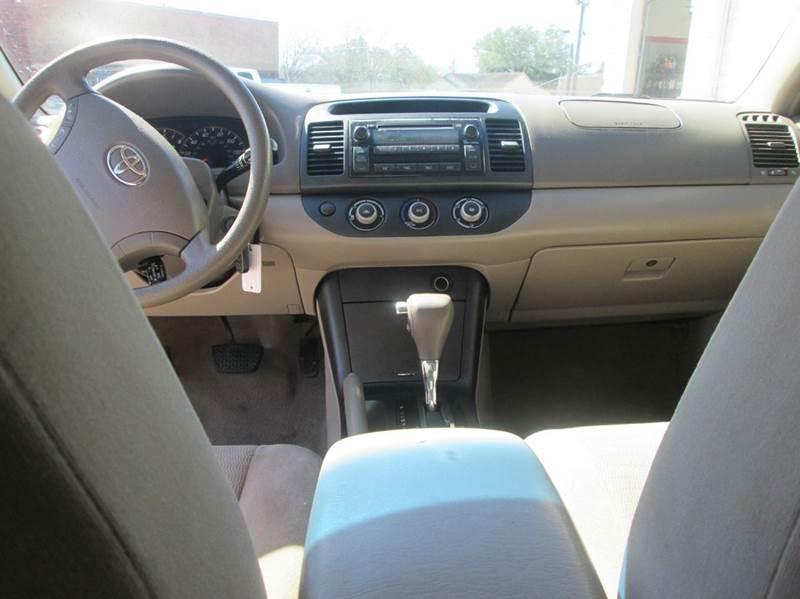 2005 Toyota Camry LE 4dr Sedan - Bryan TX
