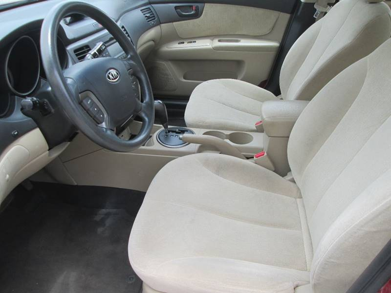 2009 Kia Optima LX 4dr Sedan (I4 5A) - Bryan TX