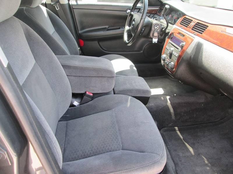 2010 Chevrolet Impala LT 4dr Sedan - Bryan TX