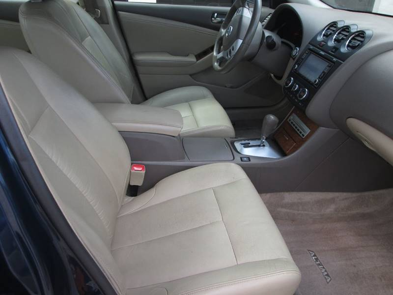2007 Nissan Altima 3.5 SE 4dr Sedan (3.5L V6) - Bryan TX