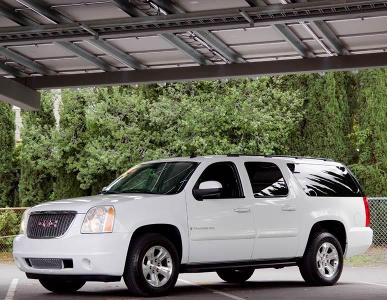 2009 GMC Yukon XL for sale at BAY AREA CAR SALES in San Jose CA