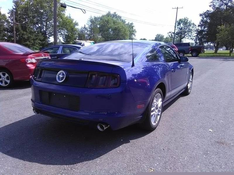 2013 Ford Mustang V6 Premium 2dr Coupe - Columbus OH