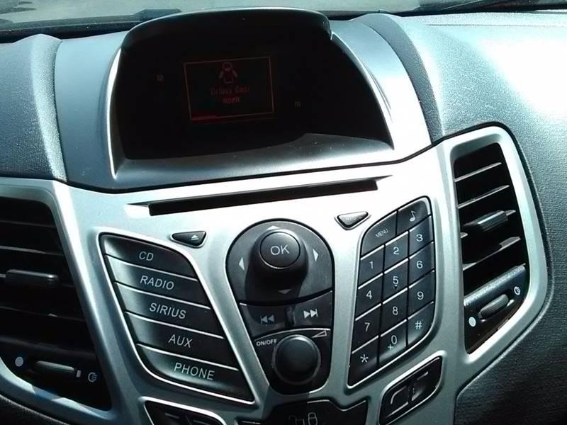 2011 Ford Fiesta SES 4dr Hatchback - Columbus OH