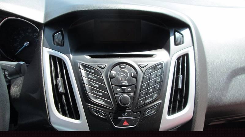 2014 Ford Focus SE 4dr Sedan - Columbus OH