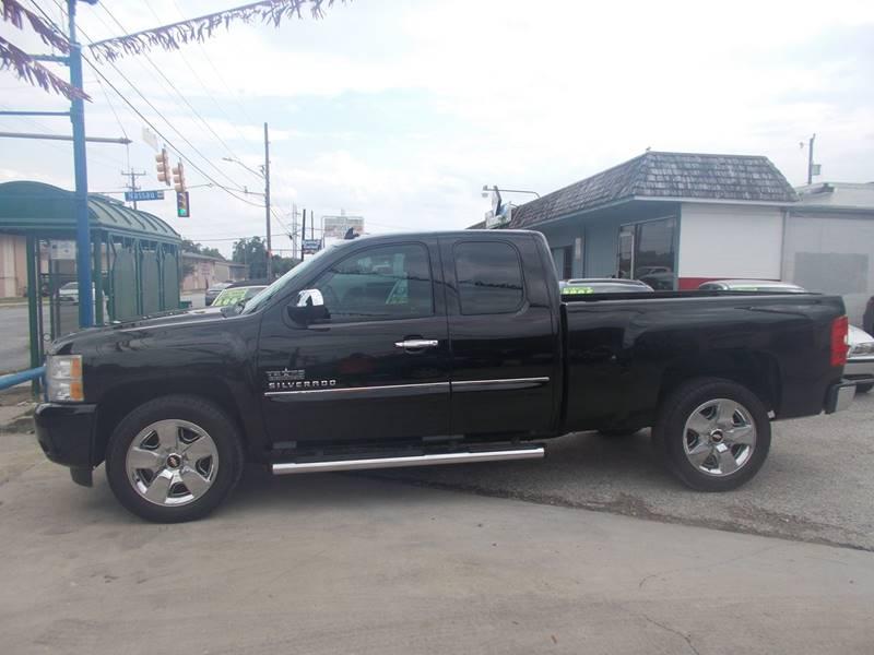 2011 Chevrolet Silverado 1500 4x2 LT 4dr Extended Cab 6.5 ft. SB - San Antonio TX