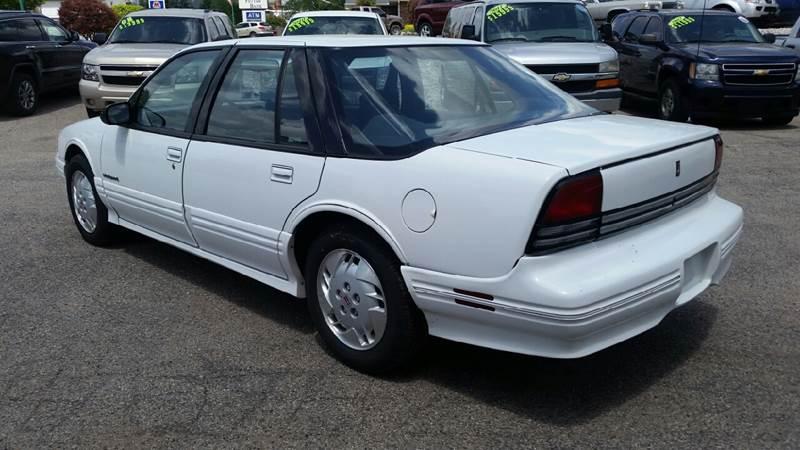 1994 Oldsmobile Cutlass Supreme S 4dr Sedan - Albion IN