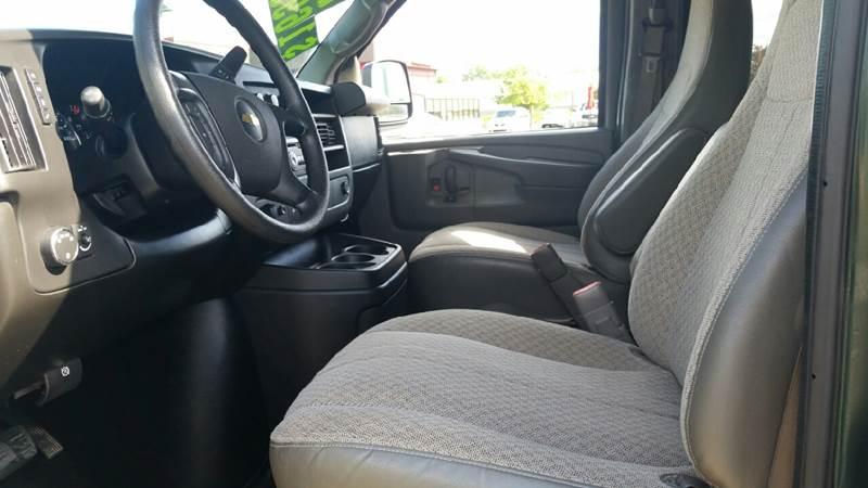 2014 Chevrolet Express Passenger LT 3500 3dr Extended Passenger Van w/1LT - Albion IN