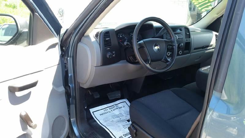 2010 Chevrolet Silverado 1500 4x2 Work Truck 2dr Regular Cab 8 ft. LB - Albion IN