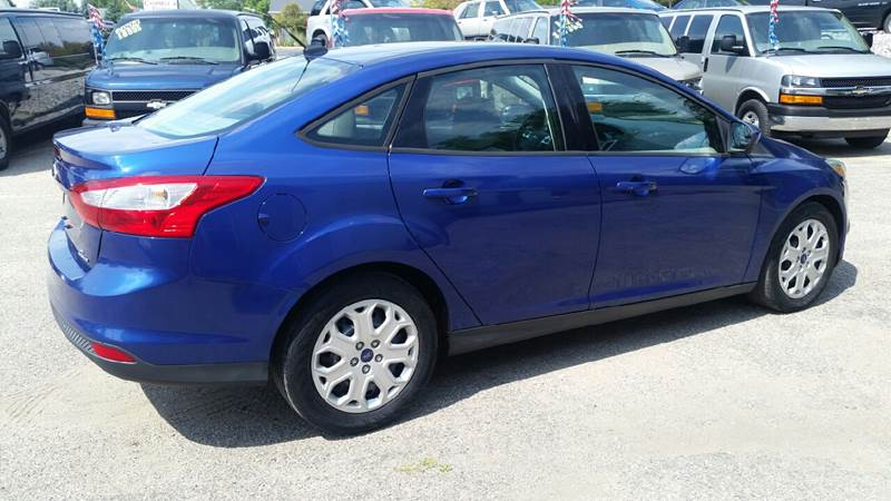 2012 Ford Focus SE 4dr Sedan - Albion IN