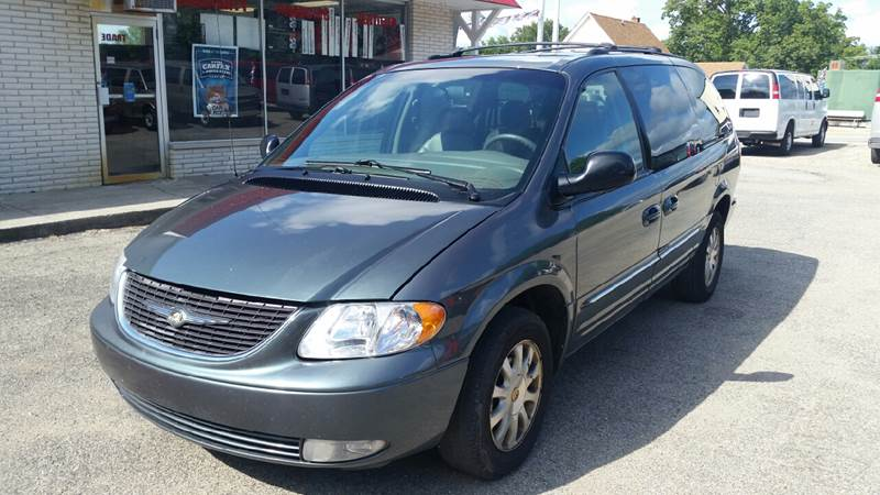 2002 Chrysler Town and Country LXi 4dr Extended Mini-Van - Albion IN